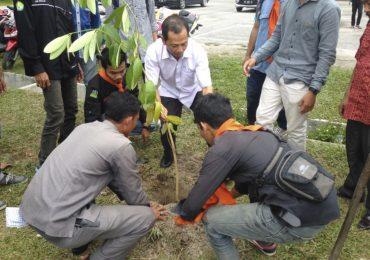 Earth Day 2017, Kommapala Winnetou Bagikan 5.000 Bibit Tanaman